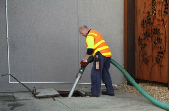 Lee's Bulk Liquid Waste Removal - Services